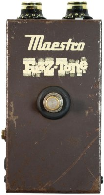 Maestro-FZ-1-Fuzz-Tone-2-Photo-courtesy-of-Soundgas_WEB